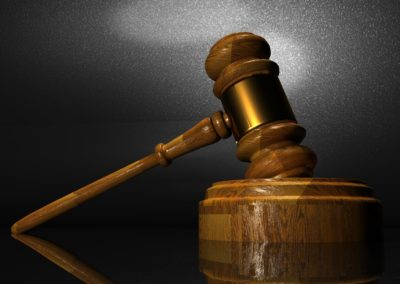 Den digitale folkedomstol er usund for retsstaten