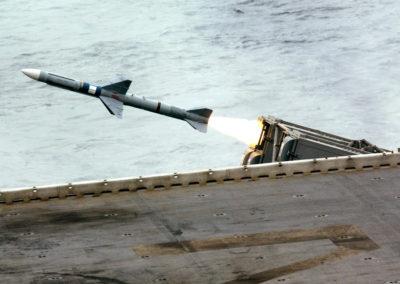 Nordkorea affyrer uidentificeret missil over japansk ø