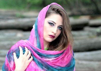 Tørklæde-modeller har scoret modebranchens opmærksomhed