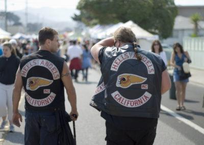 Partier vil forbyde bander at samle sig
