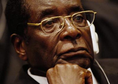 Zimbabwes økonomi blev ødelagt af Mugabe