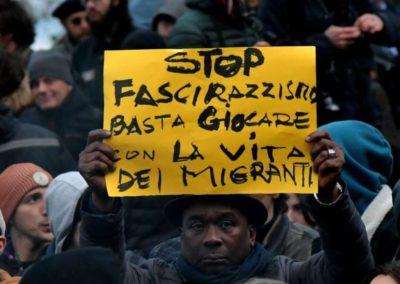 Tusindvis af italienere sagde 'no grazie' til racisme efter skud mod migranter