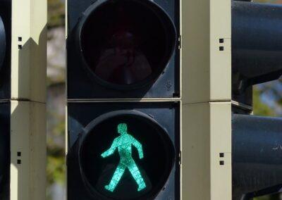 Debatten om kønsneutrale trafiklys eksisterede ikke, før Kristeligt Dagblad skabte den